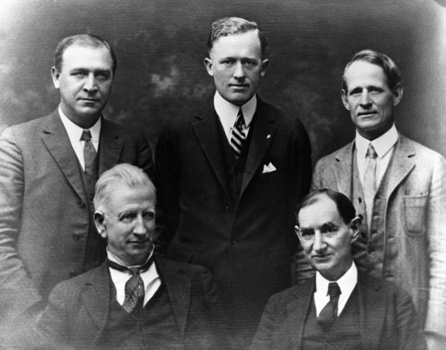 Dan Moody with group: Top row, left to right, Richard Critz, Dan Moody, Harry Graves; bottom row, J.F. Taulbee and W.H. Nunn. photo credit to Williamson County Museum